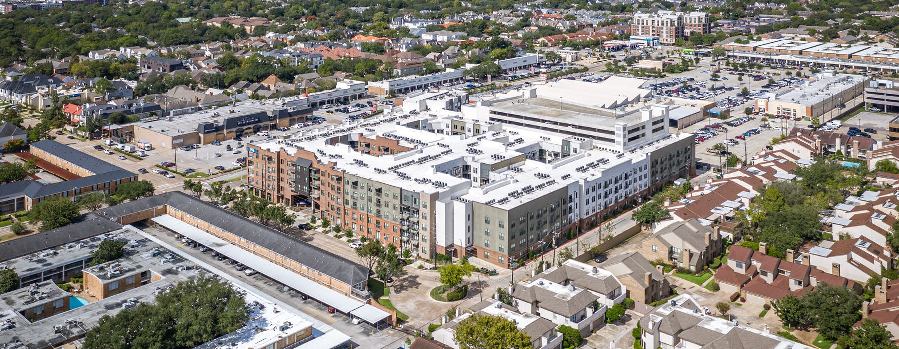 aerial view of Tate at Tanglewood and surrounding neighborhood